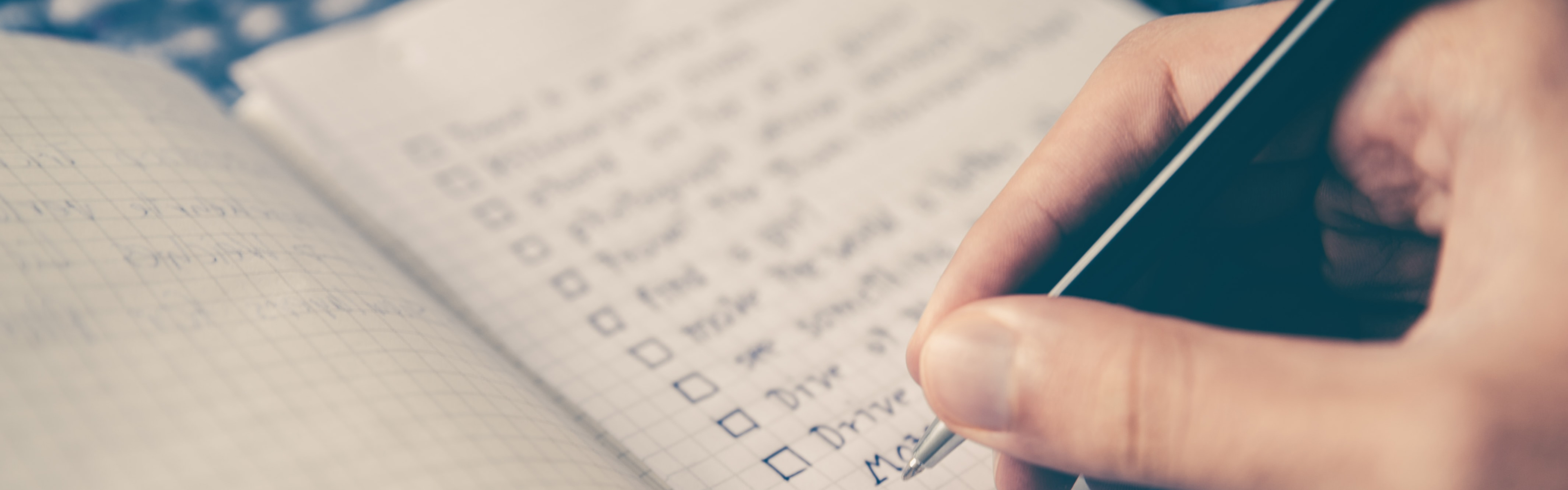 What to Ask Before You Sign Your Next Freelance Project Braintrust Blog banner.